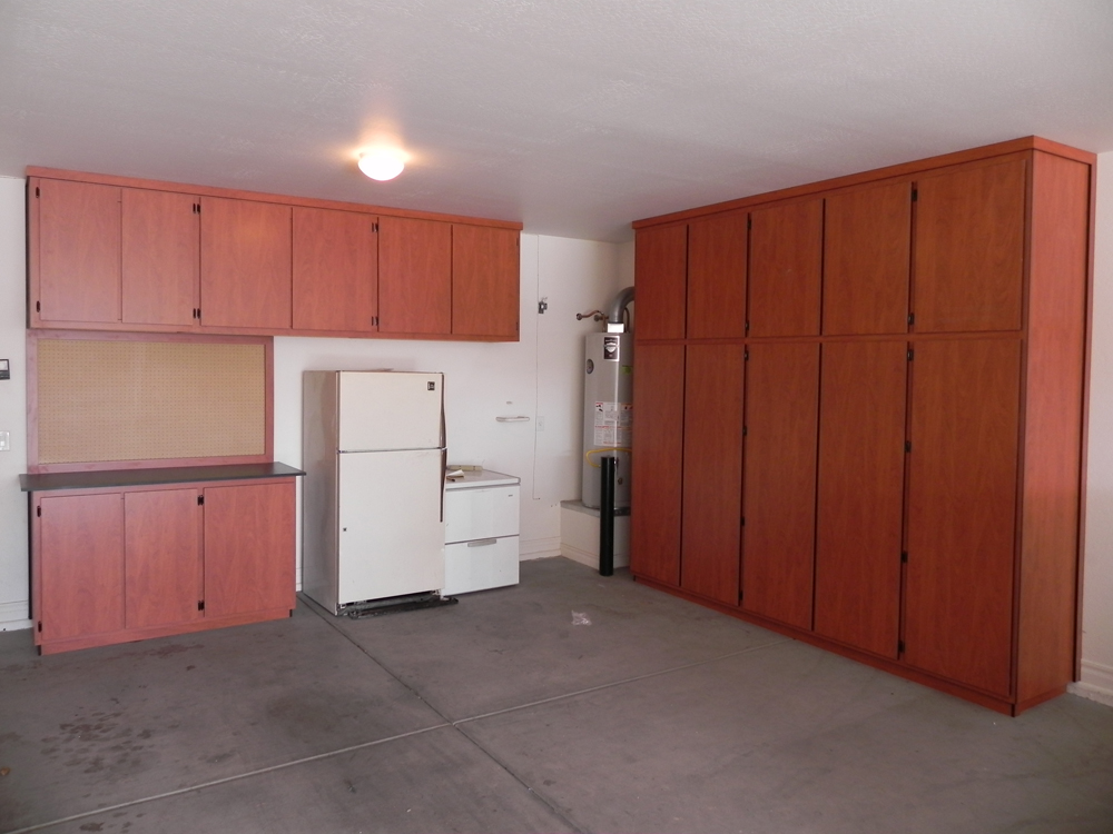 Perfect Garage Cabinets In Phoenix, AZ 1000 x 750 · 403 kB · jpeg