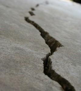 cracked garage foundation