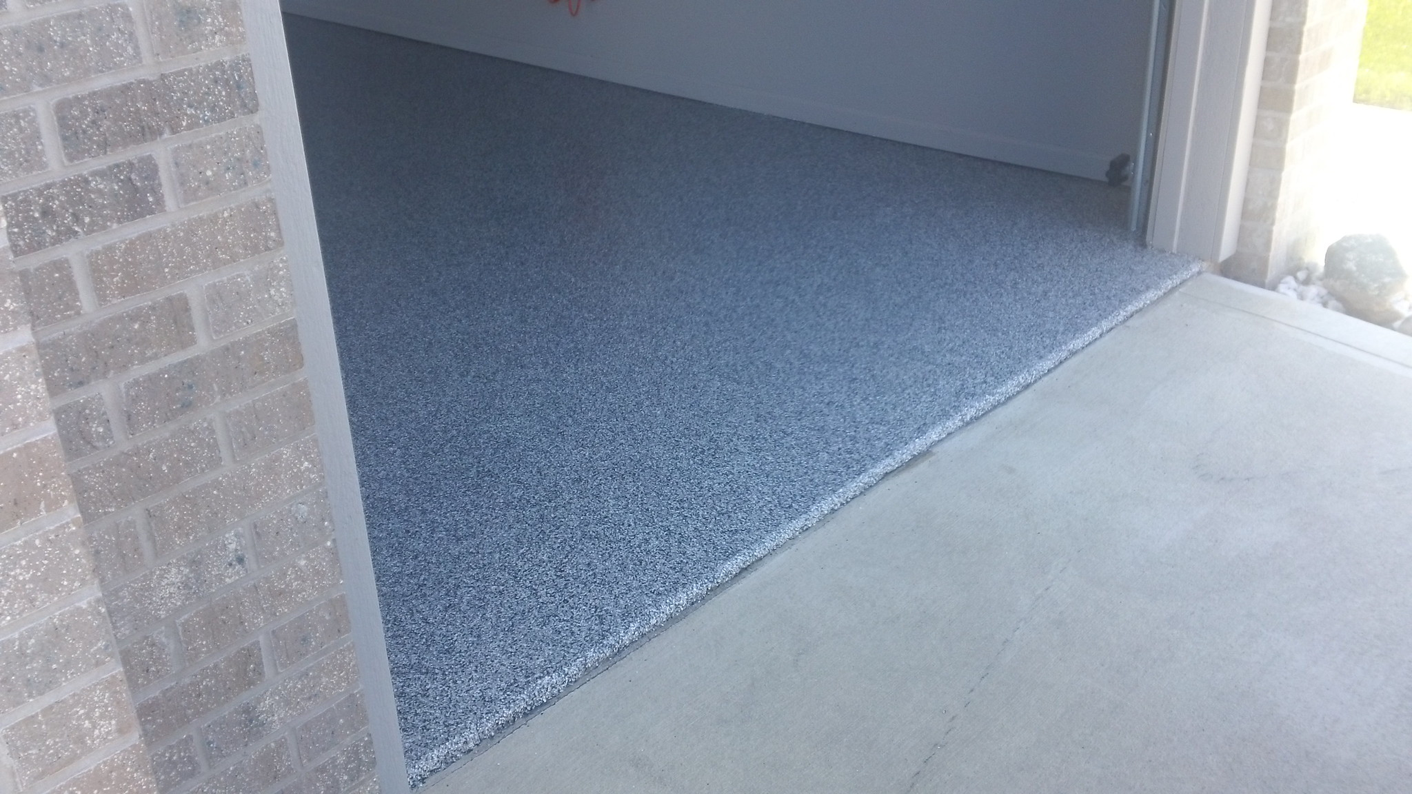 Why Choose Custom Epoxy Garage Floor Coatings?